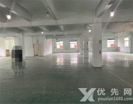 深圳松崗紅星樓上廠房出租1000平 價格超實惠 實圖