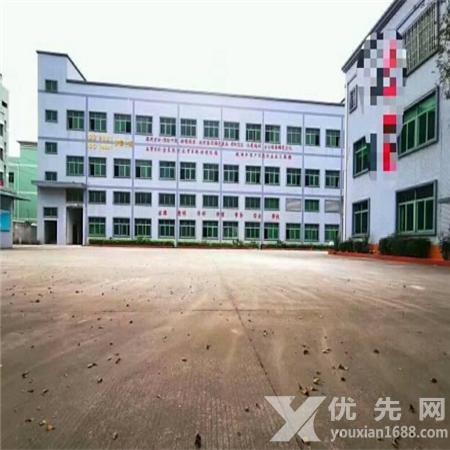 東莞黃江鎮靠深圳標準廠房一樓1600出租,可以分租,有現成行車