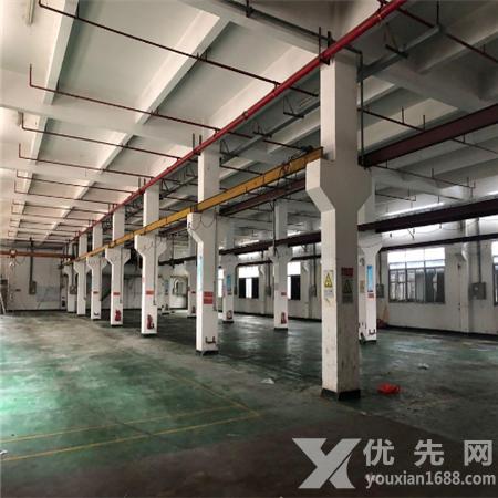 東莞鳳崗帶3噸現成行車一樓1800平廠房出租
