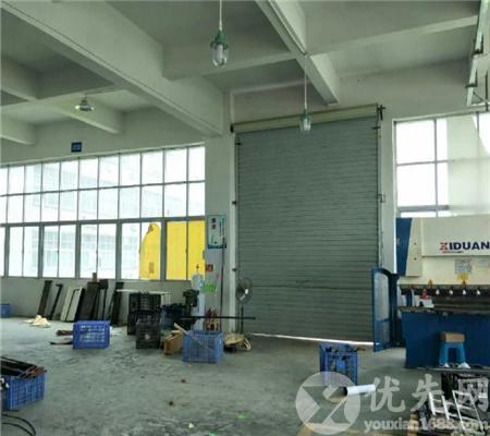 石巖樓上整層豪華精裝1100平廠房出租 現成水電 可直接生產